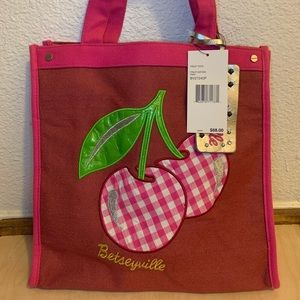 Betseyville Shopper